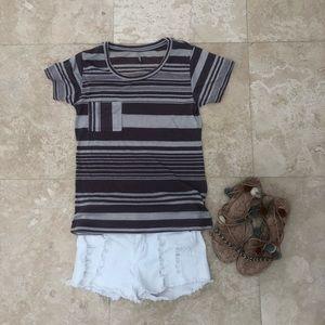 Tresics Purple Gray Stripe Front Pocket T-Shirt